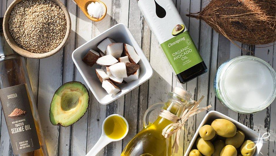 Умаслить с ног до головы: самые лучшие растительные масла