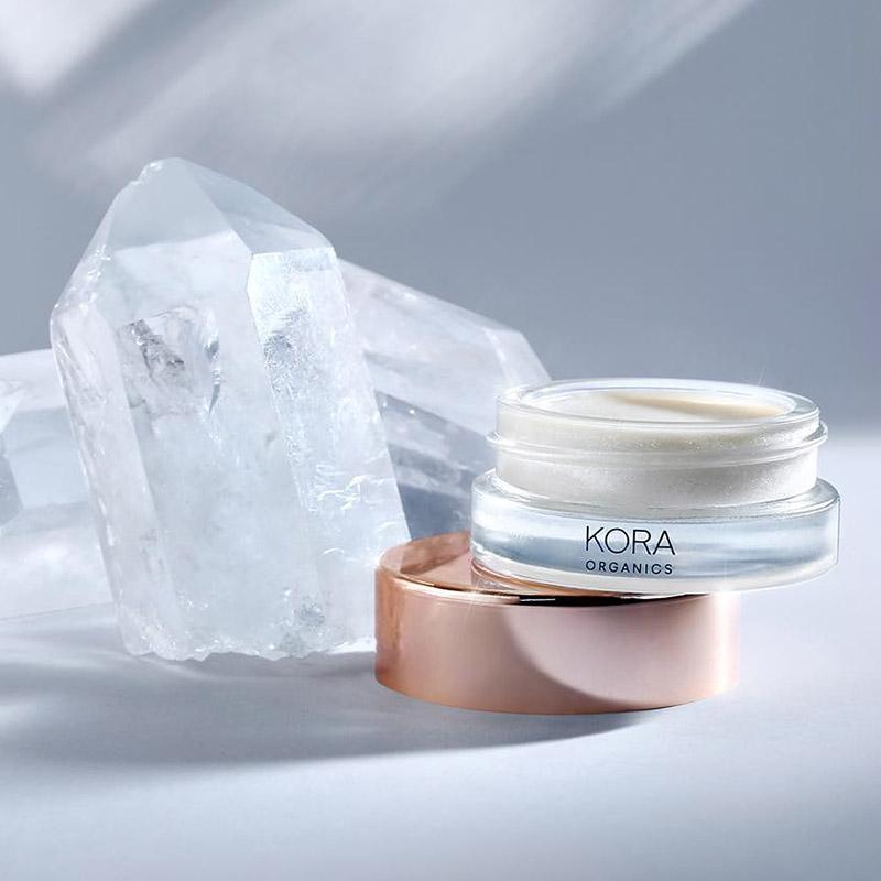 Kora-Organics-Clear-Quartz-Luminizer хайлайтеры
