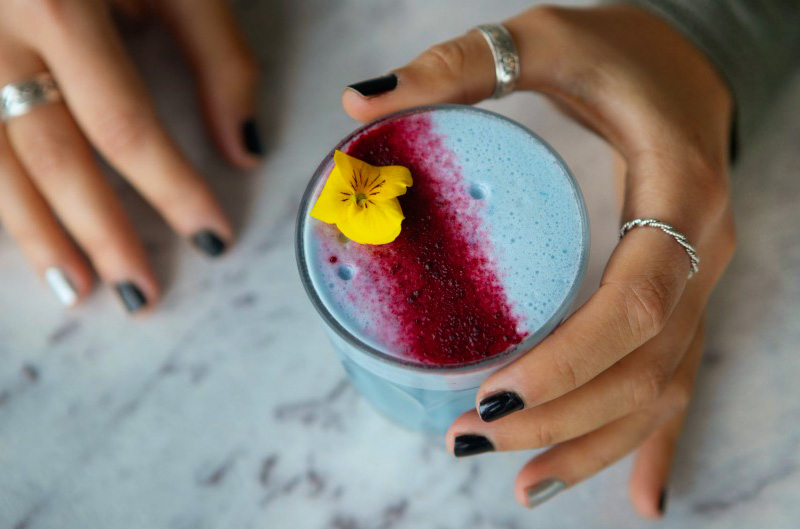 blue-matcha-latte