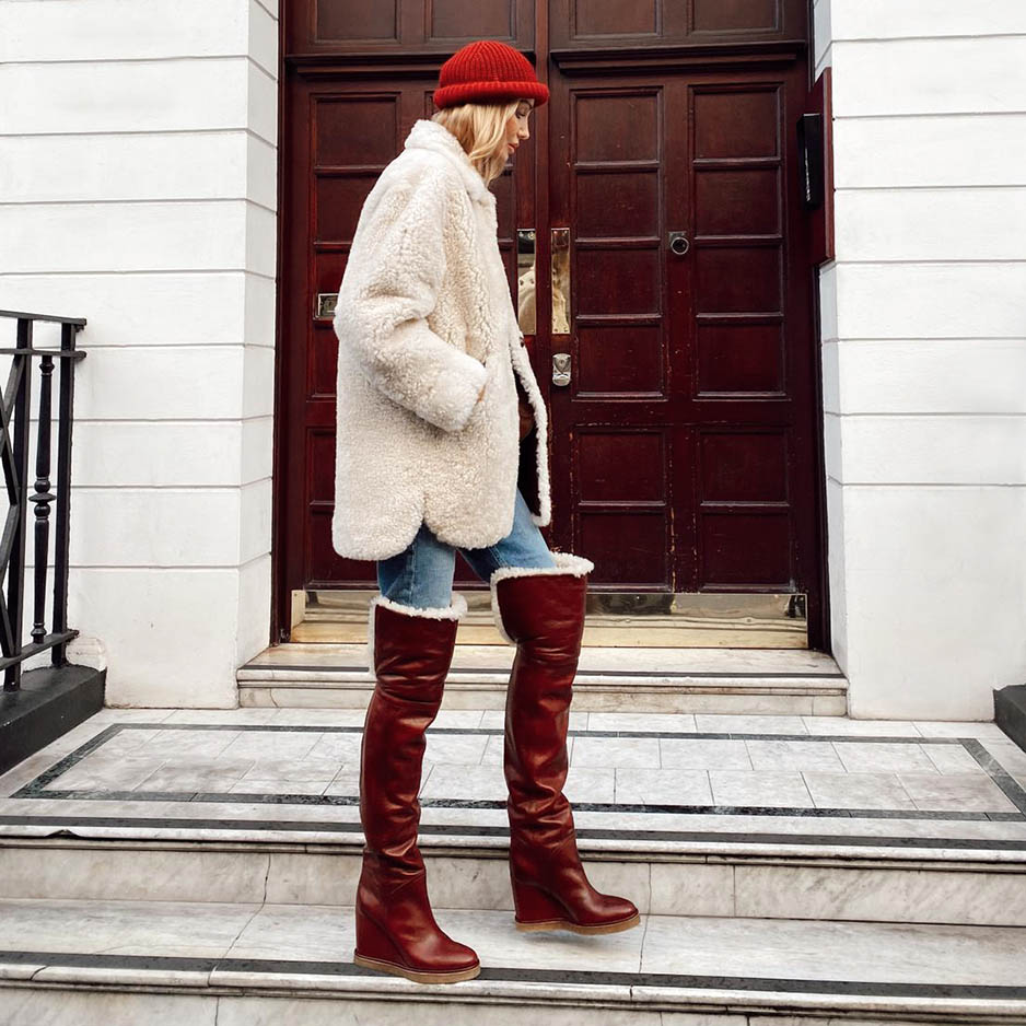Одеться как Татьяна Корсакова: тепло и ярко