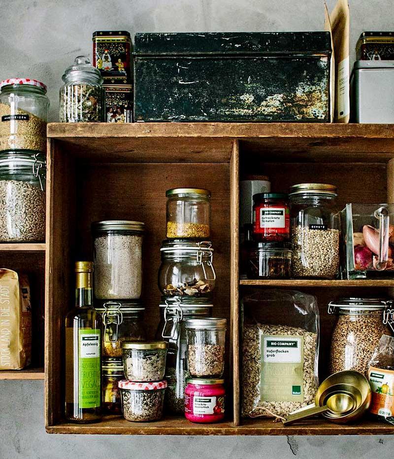 Полка с запасами круп, семян, орехов