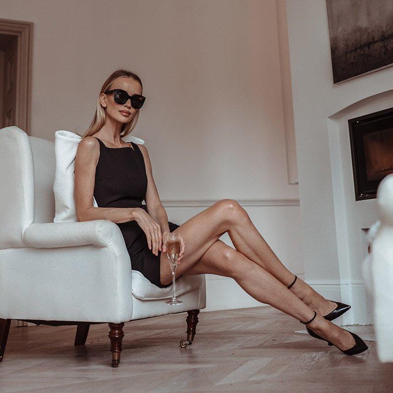 Татьяна Корсакова чёрное платье