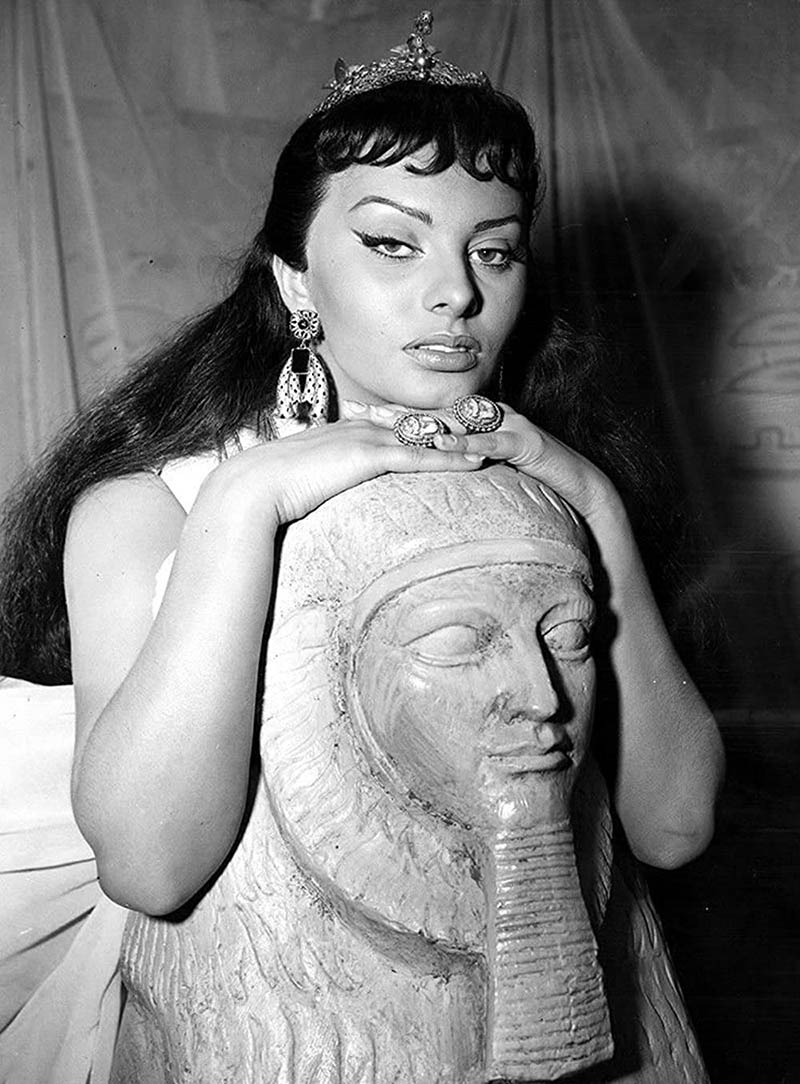 Cекреты красоты Клеопатры: маска для рук